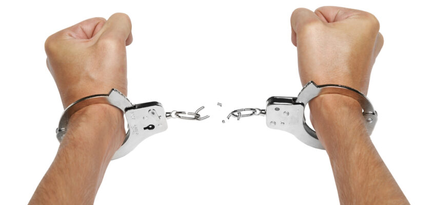 Want Your Employees to Deliver Great Service? Take Off the Handcuffs!